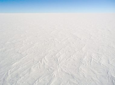 Dome C Station in der Antarktis_Eiswüste