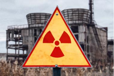 Schild warnt vor Radioaktivität